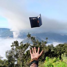 This has to be one of the best #mybellroy pics we've seen! Our Note Sleeve enjoying the view over Mt Bromo in Java. Pic by: @simaun #bellroy #notesleeve