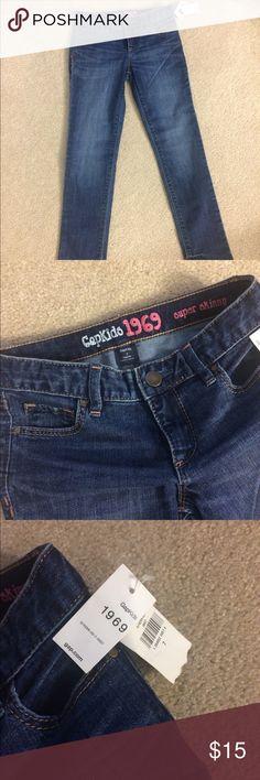 Girls gap skinny jean NWT Girls gap super skinny jeans NWT never worn GAP Bottoms Jeans
