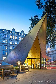 City of London Information Centre by [J Z A] Photography, via Flickr