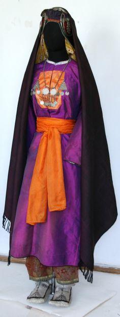 Costume from Dagestan    Аварка, Шамильский район. (Avars, Shamil District)