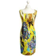 Pre-owned Pattern dress ($130) ❤ liked on Polyvore featuring dresses, black, zipper dress, v neck slit dress, square neck dress, pre owned dresses and v neck dress