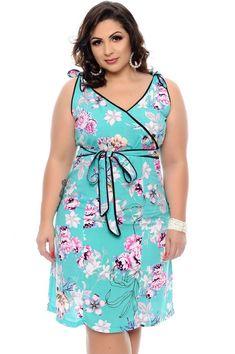 Vestido Plus Size Nayra Vestidos Plus Size, Plus Size Dresses, Plus Size Outfits, Plus Size Girls, Plus Size Women, Swing Dress, I Dress, Burgundy Evening Dress, Plus Size Summer Outfit