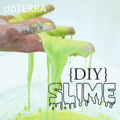 This DIY Essential Slime is a great activity for kids and adults! Made with only four ingredients, this project will be an activity that will keep everyone entertained. Doterra Blog, Doterra Essential Oils, Doterra Recipes, Projects For Kids, Diy For Kids, Crafts For Kids, Diy Projects, Essential Oils For Kids, Essential Oil Uses