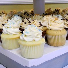 Vanilla Bean Wedding Cupcakes - From Calculu∫ to Cupcake∫ Giving these a try for the big day