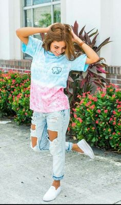Blue and Pink ombre Ivory Ella shirt. What so bad!