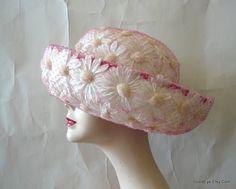 vintage daisy hat
