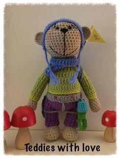 Teddies with love Crochet Teddy, Crochet Toys, Amigurumi Toys, Christmas Ornaments, Holiday Decor, Hats, Xmas Ornaments, Hat, Christmas Jewelry