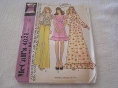 Vintage 1974 McCalls 4028 Sewing Pattern Dress Ruffle Top Shirt Women s Size 10
