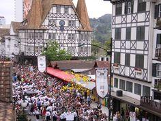 Culturas alemã e italiana moldam turismo e costumes no Vale do Itajaí, em Santa Catarina. Região é formada por 49 cidades que agregam diferentes culturas. Confira!