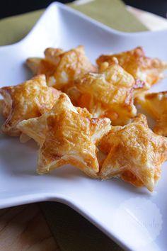 Bladerdeeg sterren met kaas | HandmadeHelen