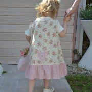 Das Kleid Rosalie, ein Kleid wie aus dem schönsten Rosengarten