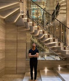 Inside Drake's jaw-dropping $100 million Toronto mansion - realestate.com.au Luxury Staircase, Staircase Design, Marble Bathtub, Dream Mansion, Home Design Floor Plans, Mega Mansions, Luxury Store, Facade House, Luxury Interior
