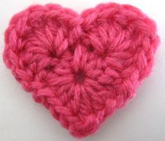 Free crochet tiny heart pattern