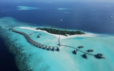 We're dreaming of a lifetime spent at the sublime Cocoa Island by COMO hotel