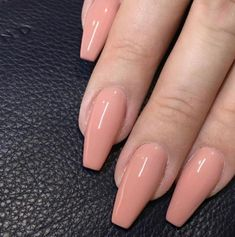 Peach nails in perfect shapes Fashion Nägel Farben Aycrlic Nails, Nude Nails, Dark Nails, Stiletto Nails, Gorgeous Nails, Pretty Nails, Peach Nails, Peach Nail Art, Orange Nail