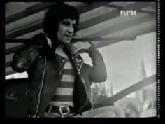 Sensational Alex Harvey Band (SAHB): Midnight Moses - Framed 1974 Live R... Alex Harvey, Rock Groups, Progressive Rock, Band, Live, Music, Youtube, Musica, Sash
