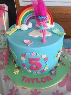 Trolls princess poppy birthday cake