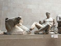 「Elgin Marbles display in a museum, British Museum, London, England」的圖片搜尋結果