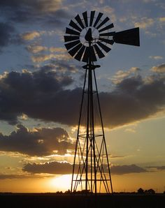 Oklahoma windmill .. I loved seeing these so many years ago.