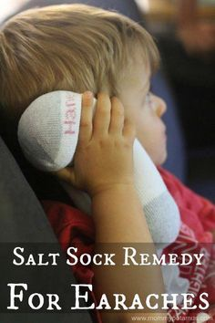 Salt Sock Natural Home Remedy for Earaches; The season of ear infections is almost upon us. Relieve otitis symptoms and inflammation naturally! Home Remedies For Earache, Cold Home Remedies, Natural Health Remedies, Natural Cures, Natural Healing, Herbal Remedies, Natural Foods, Holistic Healing, Natural Beauty