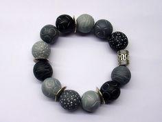 Aged beads bracelet
