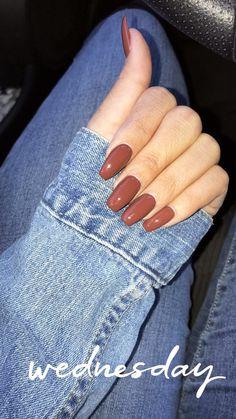 Essie Very structured nail polish. - Essie Very structured nail polish. Burnt Orange # … – Essie Very - Fall Acrylic Nails, Fall Nail Art, Fall Nail Colors, Acrylic Nail Designs, Fall Nail Polish, Polish Nails, Gel Nails For Fall, Nail Ideas For Fall, Fall Almond Nails