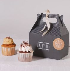 Bakery Packaging 47 Ideas Design Box Cake Packaging Ideas For 2019 Your Own Home Inter Cake Boxes Packaging, Cupcake Packaging, Dessert Packaging, Bakery Packaging, Gift Packaging, Packaging Design, Cupcakes Packaging Ideas, Takeaway Packaging, Bread Packaging