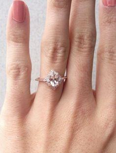 The shape ❤️ Engagement Rings Morganite Engagement Ring, Oval Morganite Diamond Ring, Alternative Engagement Ring, Senior Ring, Morganite Rose Gold