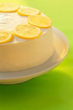 A lemon cake for extra blackberry butter cream frosting in the fridge! Very similar to favorite lemon cake around here yum...
