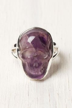 Amethyst Skull Ring from Tree of Life.... WANT !!!