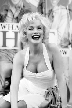 Marilyn Monroe PHOTOGRAPHY More Pins Like This At FOSTERGINGER @ Pinterest