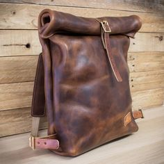 Looking to upgrade your look with some unique leather accessories for your summer travels? Look no further for some style inspiration. accessories travel Leather accessories for your summer Leather Gifts, Leather Bags Handmade, Leather Craft, Leather Backpack For Men, Leather Bag Men, Canvas Leather, Top Backpacks, Leather Backpacks, Leather Workshop