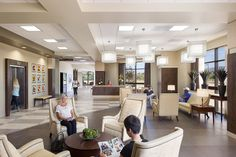 UHS Temecula Valley Hospital - HMC Architects (photo by Lawrence Anderson
