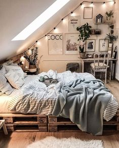 College bedroom decor - 15 Modern Bedroom Design Trends and Ideas in 2019 Page 13 of 54 Stylish Bedroom, Cozy Bedroom, Scandinavian Bedroom, Bedroom Inspo, Bedroom Rustic, Bedroom Ideas For Small Rooms Cozy, Small Bedroom Inspiration, Cool Dorm Rooms, Bedroom Neutral