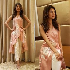 Jennifer Winget Is A Head Turner In This Surreal Kurti-Pant Combo! These Sexy Pictures of Jennifer Winget Will Keep You Up All Night.Photo: Jennifer Winget is the definition of ethereal for an eventfor this Tailer fit designer wear( ・・・ And Ran Kurta Designs, Blouse Designs, Pakistani Dresses, Indian Dresses, Indian Outfits, Jennifer Winget, Casual Dresses, Fashion Dresses, Girls Dresses