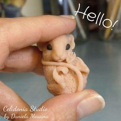 """Human, I need painting now!"" #mouse #sculpting #polymerclay"