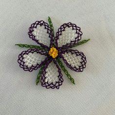Crochet Art, Baby Knitting Patterns, Crochet Earrings, Brooch, Flowers, Instagram, Herbs, Punch Needle, Bullion Embroidery