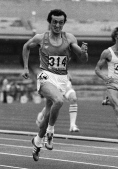 """12 settembre 1979, Pietro Mennea record 200 m - 19""""72 - Città del Messico. Il suo record sui 200 metri piani stabilito in altura a Città del Messico nel 1979 durante le Universiadi fu battuto solo 17 anni dopo da Michael Johnson."""