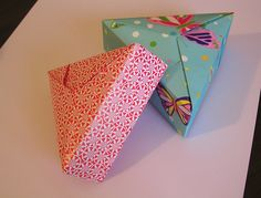 ORIGAMI CONSTRUCTIONS: triangular origami box with lid+folding instructions