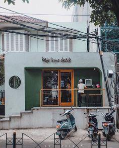 Home Decoration With Flowers Cafe Shop Design, Kiosk Design, Cafe Interior Design, House Design, Japanese Coffee Shop, Small Coffee Shop, Coffee Store, Cafe Restaurant, Restaurant Design