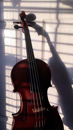 Piano Y Violin, Violin Art, Cello Music, Violin Sheet, Pelo Color Violin, Tumblr Wallpaper, Emoji Wallpaper, Phone Wallpapers, Violin Tumblr