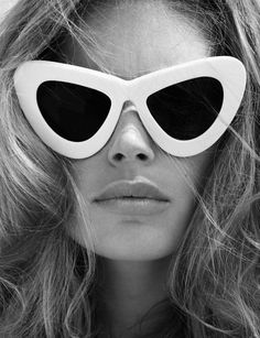 79368d2f9 117 incríveis imagens de óculos   Vintage fashion, 1960s fashion e ...