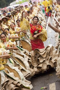 Off to the biggest and merriest festival and party of the country - Sinulog Festival,Cebu, Phillipines.
