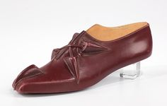 This object comes from a group of over seventy-five shoe prototypes designed in Paris in 1939 by Steven Arpad.  Aside from the lines of leather accessories and jewelry he produced under his own name in the 1940s, Arpad seems to have worked mostly anonymously