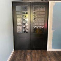 Painted Barn Door with Multiple Window Panes 30 | Etsy Barnwood Vanity, Rustic Kitchen Island, Diy Kitchen, Room Divider Doors, Sliding Barn Door Hardware, Barn Doors, Paint Types, Custom Glass, Reclaimed Barn Wood