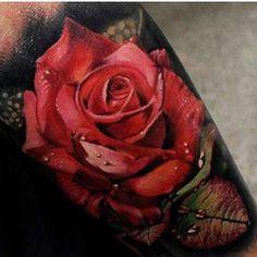 Hyper realistic red rose done by @mattjordantattoo