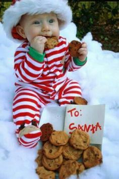 """Christmas picture ideas! The little one eating the """"To Santa"""" cookies ;)"""