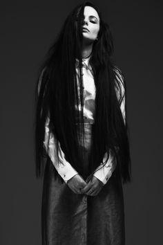 Photo: Magnus Nordstrand / Model: Barbro Andersen / Styling: Vilde Bjørnødegård / Makeup- and hair: Tonje Haugen