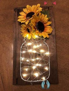 Sunflower fairy light Sunflower fairy light sting art.  SHOP FAIRY LIGHTS IN OUR AMAZON SHOP<br> Diys, String Lights In The Bedroom, Warm Home Decor, Diy Bed Frame, Diy School Supplies, Party Lights, Diy Home Improvement, Dorm Decorations, Diy Crafts To Sell