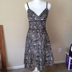 """LOFT Sundress Brown and white paisley dress from Loft with spaghetti straps. Size 4. Measures (laying flat across front) chest 17"""", waist 14"""", length 24.5"""" from waist. LOFT Dresses Midi"""
